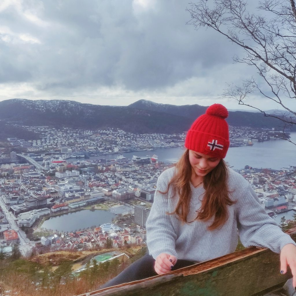 hiking in bergen